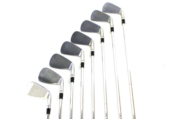 Titleist 990 Steel 3-PW