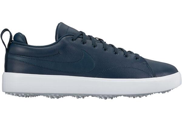Nike Course Classic W7