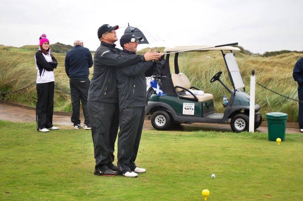facilitate the visually impaired playing golf